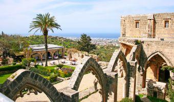 Abbaye de Bellapaïs en Chypre