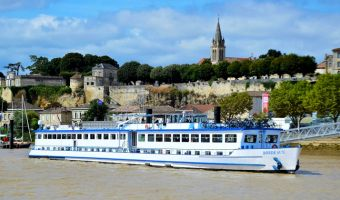 Vélo et bateau à bord du Bordeaux