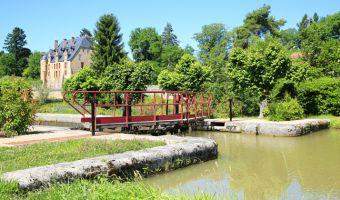 Le canal du Nivernais à Châtillon-en-Bazois