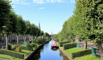 Canal à IJlst en Frise
