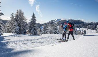 Couple de skieurs de fond en Haute Forêt-Noire