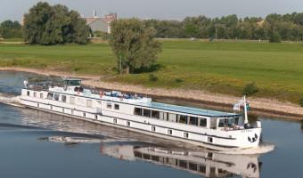 Voyage en véhicule : D\'Amsterdam à Bruges, à bord du Fluvius