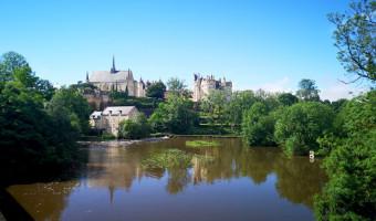 Montreuil-Bellay et le Thouet