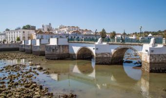 Pont romain de Tavira en Algarve