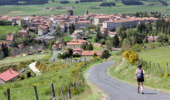 Randonnée à Saugues sur le chemin de Saint-Jacques-de-Compostelle