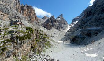 Refuge de Tuckett dans les Dolomites