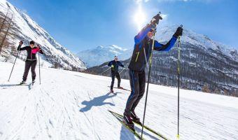 Skieurs en skating à Bessans