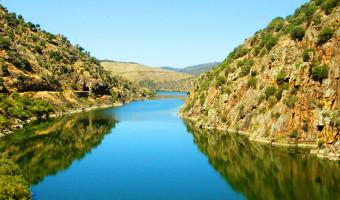 Voyage en véhicule : La Vallée du Douro à vélo