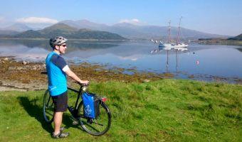 Vélo et bateau en Écosse