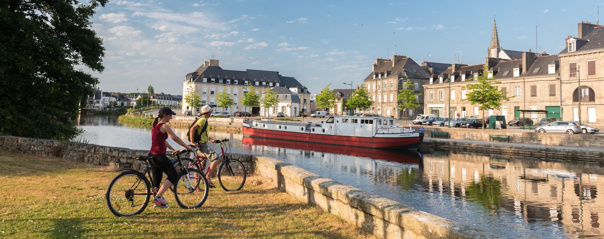 Image Vélo sur le canal de Nantes à Brest