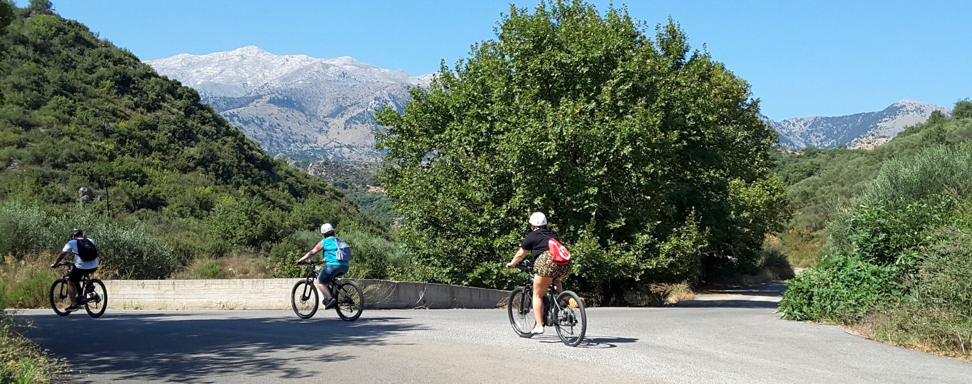 Image Les Météores et les montagnes de l'Épire à vélo électrique