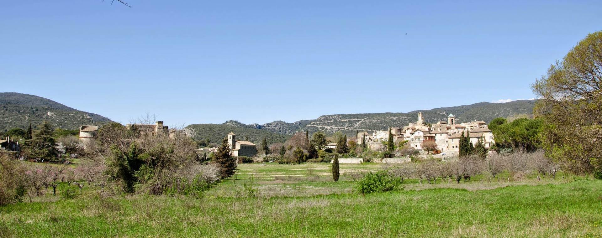 Image Luberon : crêtes, villages et vallons
