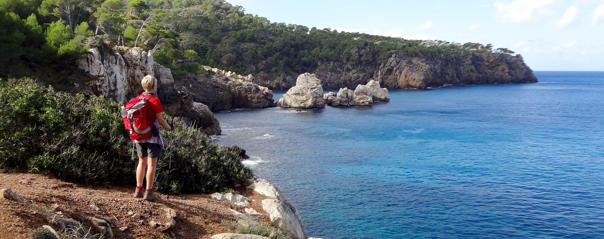 Voyage à pied : Le charme de Majorque en \