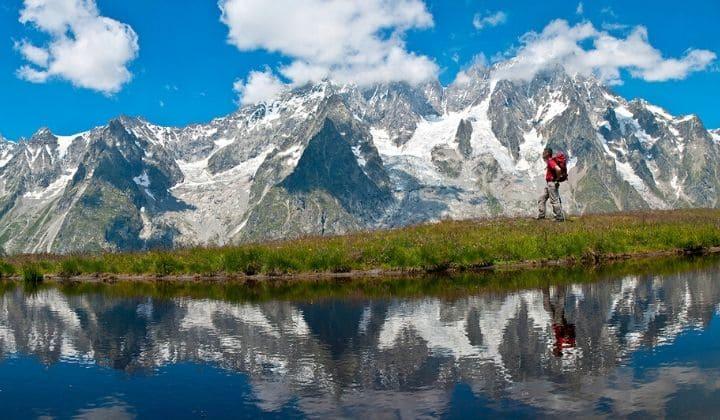 Randonneur tour du Mont Blanc